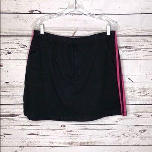 Fashion Bug NWT XL Black w/ Pink Stripe Knit Skort
